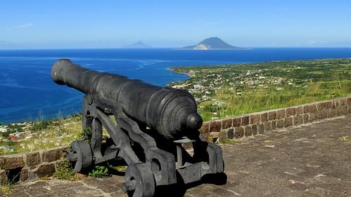 konomark cannon brimstone hill fort fortress st saint kitt christopher caribbean ocean sea beach spectacular scenic scenery view day time outdoor sunny blue sky