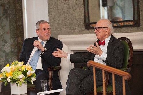 2018 Mahoney Prize Winner Dr. Steven Hyman and Nobel Laureate Dr. Eric Kandel in conversation at Symposium prior to dinner