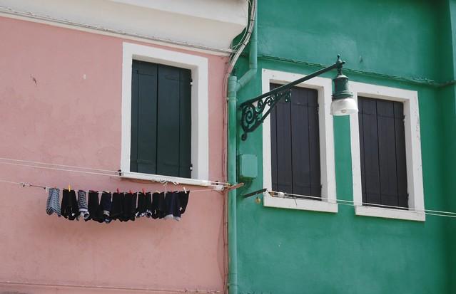 Les maisons de la fondamenta della Pescheria, Burano, lagune de Venise, Vénétie, Italie.