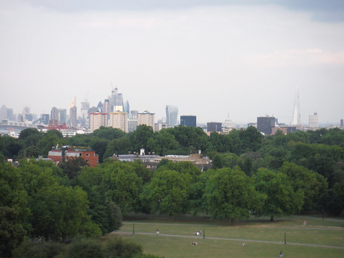 View from Primrose Hill: Shard to Canary Wharf SWC Short Walk 6 - Regent's Park and Primrose Hill