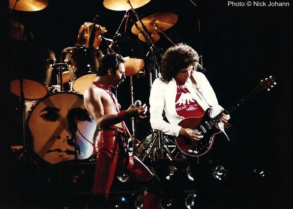 Queen live @ Seattle, 1980 | 1 luglio 1980 ─ I Queen suonano… | Flickr