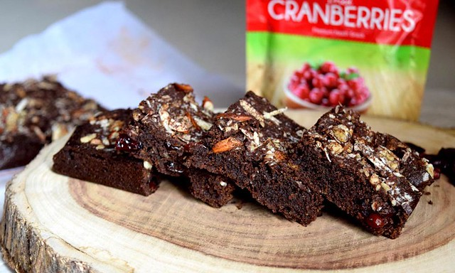 Chocolate Biscuit Brownies