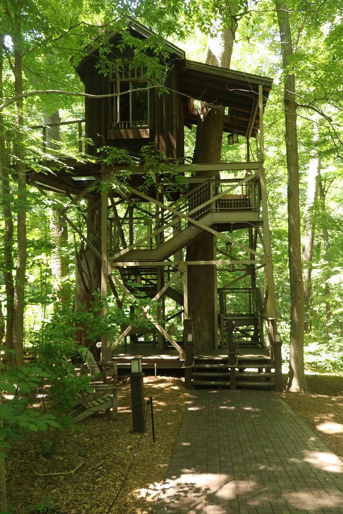 Longwood Gardens Birdhouse Treehouse Seen At Longwood Ga Flickr