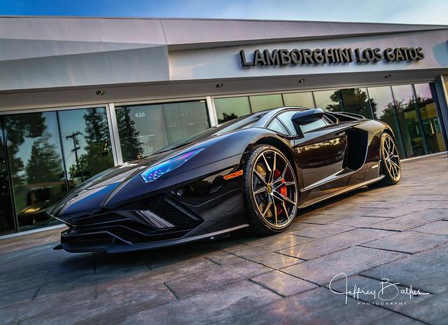 Lamborghini-979275