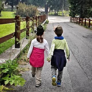 Walking in the mountains #kids #family #life #walk #gressoney #valdaosta #fun #mylittlebabygirl #margherita #love #cute #igers #igersitalia #photooftheday #picoftheday #instagood #travelgram #road | by Mario De Carli