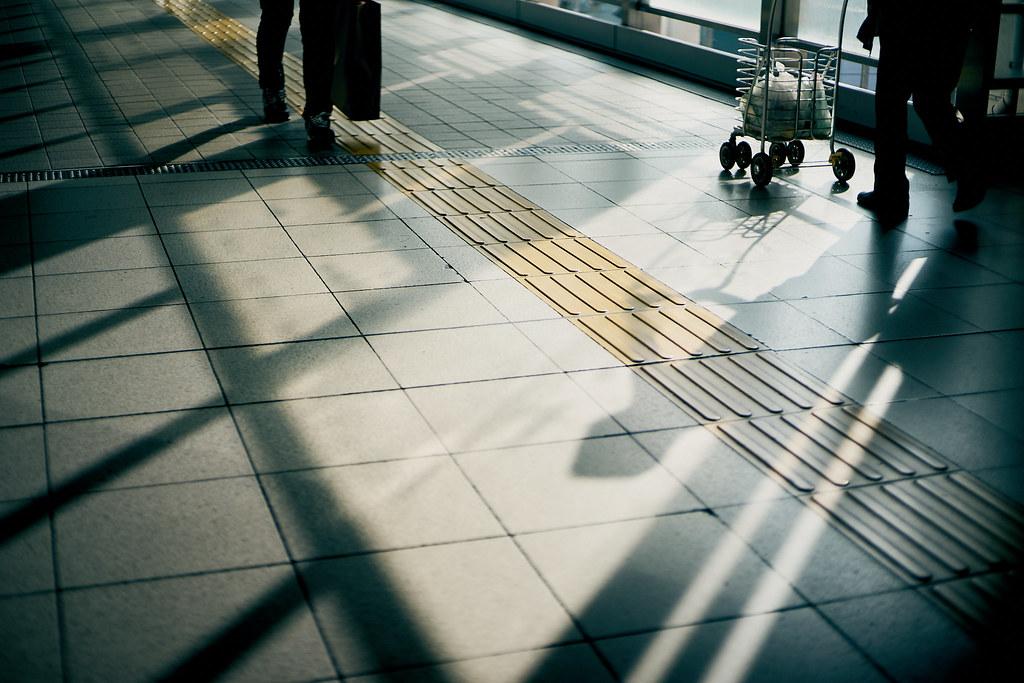 交錯/yellow line & shadow line   大人の宿題/Adult homework 課題 ...