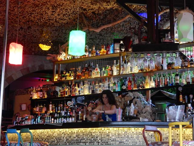 Rock Bar, Pefkos