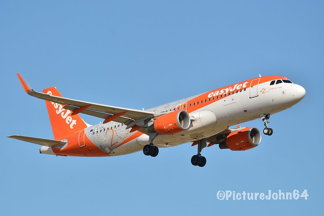 """Special Livery: EZY3001 Easyjet Airbus 320 (G-EZOX)  """"20 Years"""" livery from London Stansted arriving at Schiphol Amsterdam"""