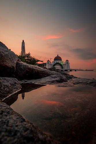 sunrise reflection masjidselat masjid melaka travel travelphotography landscape landmark mosque seascape