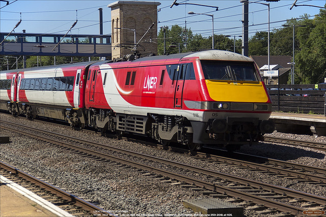 91105 works 1S12 north through Huntingdon, June 25th 2018. The second set with LNER branding.