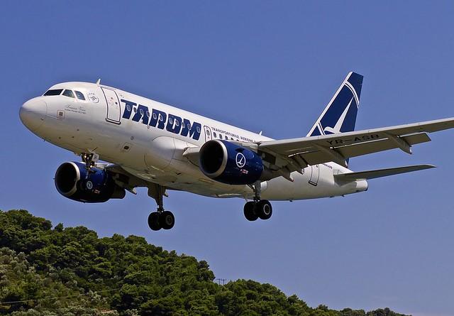 JSI/LGSK: Tarom Airbus A318-111 YR-ASB