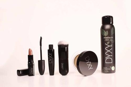 DYXY Cosmetic   by Eazy Izzuddin