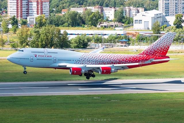 Rossiya B747-446 EI-XLF