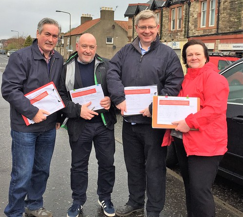 Collecting petition signatures in Port Seton with Cllr Colin McGinn, Martin Whitfield MP and Cllr Fiona O'Donnell | by Iain Gray MSP