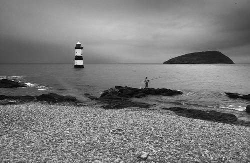 trwyn du lighthouse penmon puffinisland ynysseriol anglesey