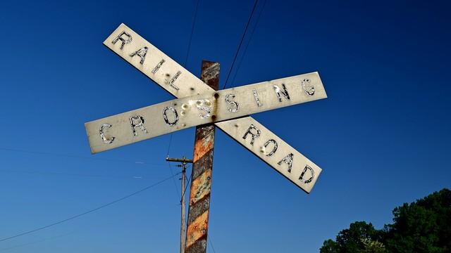 Vintage railroad crossbuck [04]