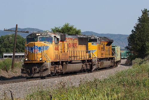 up up4645 unionpacific emd sd70m monument colorado jointline rampartrange train railroad railtrain