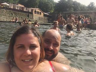 aquatic selfie!!! #quinjetroadtrip2018 #porfinenremojo #piscinanatural | by Lady Madonna
