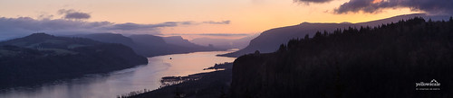 Columbia River Gorge from Crown Point | by nybblr