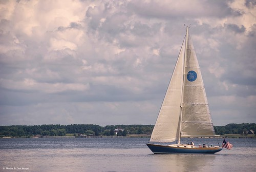 stmichaels afternoondelight md maryland stmichaelsmd sailboat boat bay clouds sky afternoon stmichaelsharbor view chesapeakebay milesriver
