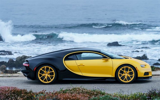 Best Sports Cars : Bugatti Chiron, 2018, hypercar, sports coupe, supercar, Yellow and Black Chiron,...