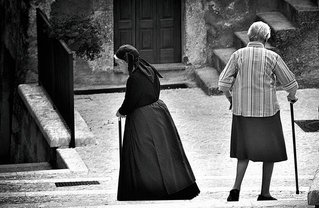 Donne a Scanno, Abruzzo, Italy