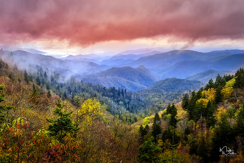 markwhitt markwhittphotography northcarolina blueridgeparkway colors colorful mountains clouds sunset beautiful scenic scenery view trees fall autumn travel adventure vacation roadtrip nikon outdoors