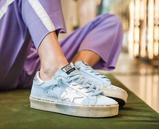 They are back. And in silver. Very limited GGDB HI STAR Silver Leaf launching today in a worldwide exclusive in our brand new Vienna's FLAGVIE Flagship Store. Releasing online on June, 21.