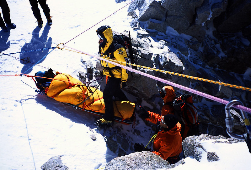 Rescue 1: a lower of 1000m from the 19000 foot camp for a knee injury, the first time this had been done.