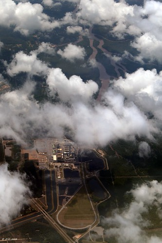 zeesstof aerial aerialview viewfromwindow windowseat flight commercialflight united unitedairlines mobilealabamatohoustontexas mississippi clouds mississippipowercom plantdaniel powerplant electricitygeneration power utility mosspoint unitedstates usa