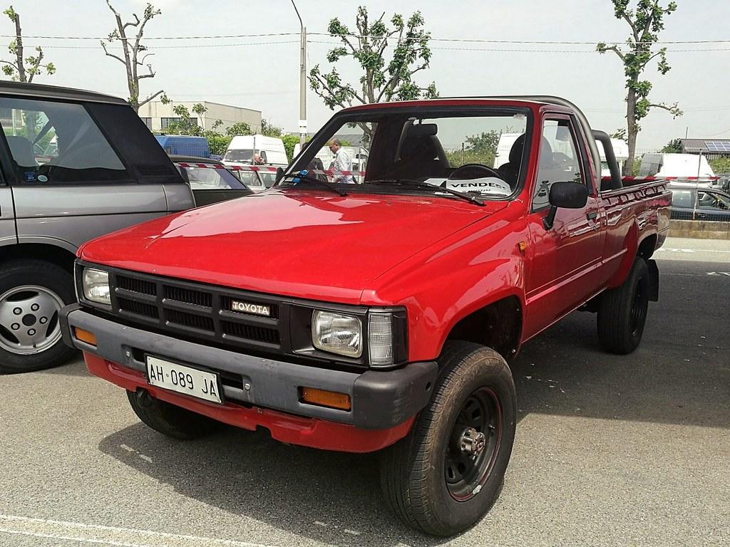 Kelebihan Toyota Hilux 1985 Top Model Tahun Ini