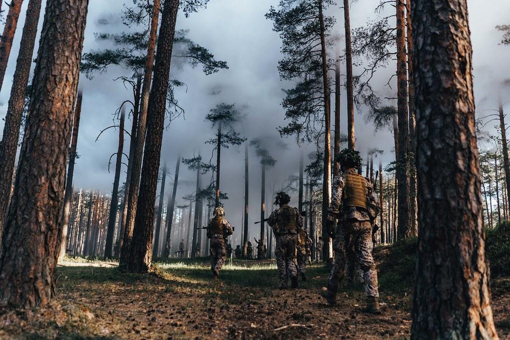 Zemessargu pamatapmācības nometne