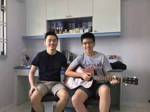 Beginner guitar lessons Singapore David Ong