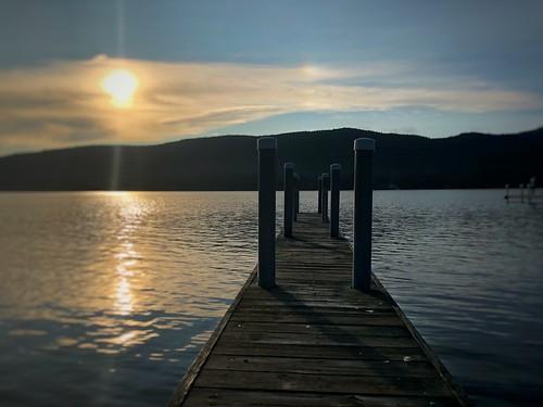 iphoneographer iphoneography iphoneology iphonology adirondacks upstate newyork ny lakegeorge woodendock lake water sunset lakelife dock sunrise