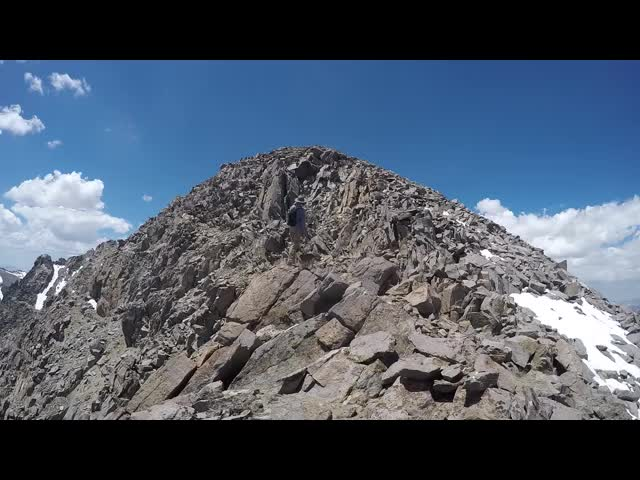 1442 GoPro panorama video from the eastern ridge of Cloudripper at about 13000 feet elevation