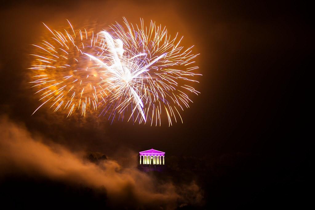 Walhalla Feuerwerk Live