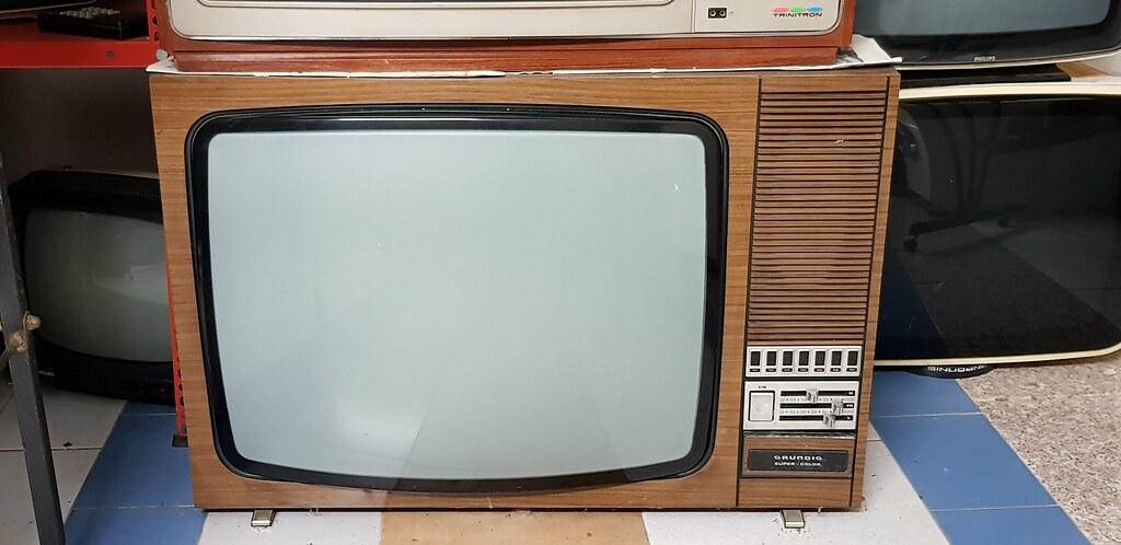 Televisore Grundig a valvole