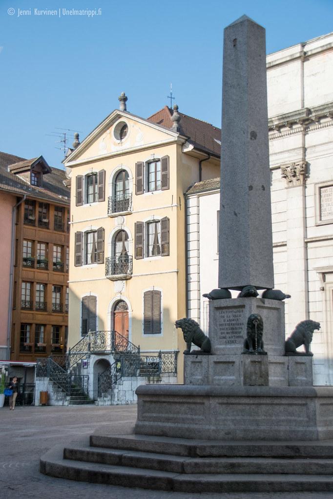 Suihkulähde Annecyssä