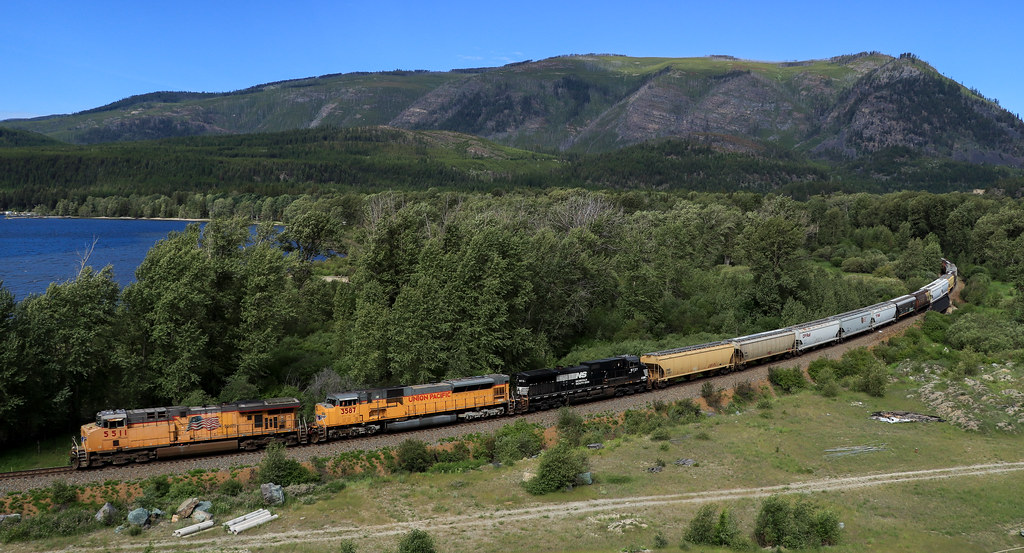 UP 5511 ~ Moyie Lake | Being a Union Pacific fan, I've alway