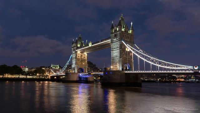 Tower Bridge (London )