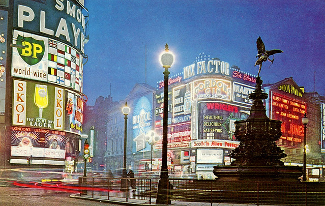 Piccadilly Circus: 1963