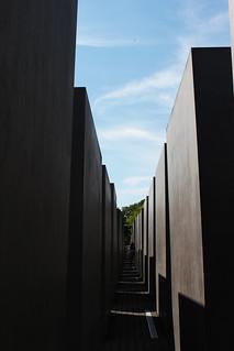 mémorial holocauste Berlin 2   by blondgarden