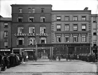 Shop at Hearne's - Lunch at the Granville