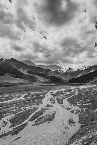 montagnes paysage nuages ciel rivière environsdexinaliq qubakhachmaz azerbaïdjan aze