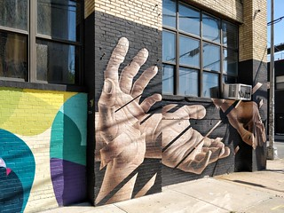 Williamsburg. Street Art #oneplus5 #shotononeplus #op5 | by Russ Realty