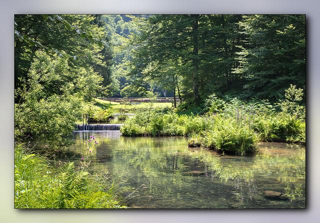 Déversoir de l'étang de Bethmale