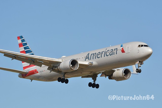 AA: AA204 American Airlines Boeing 767 (N350AN) from Philadelphia arriving at Schiphol Amsterdam