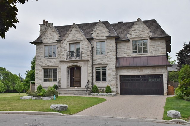 60 Larkfield Drive, Toronto, ON