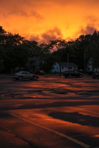 sunset janesville wisconsin canon 7d markii clouds parking lot
