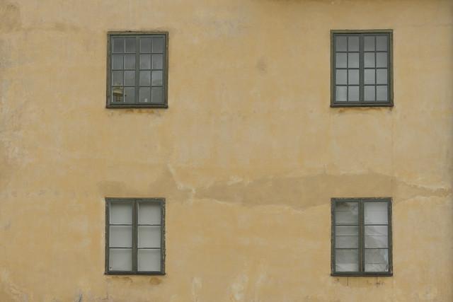 Palace Window Lamp